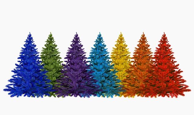 Alberi di Natale di diversi colori