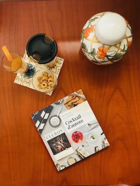 Libro Cocktail d'autore con scenografia