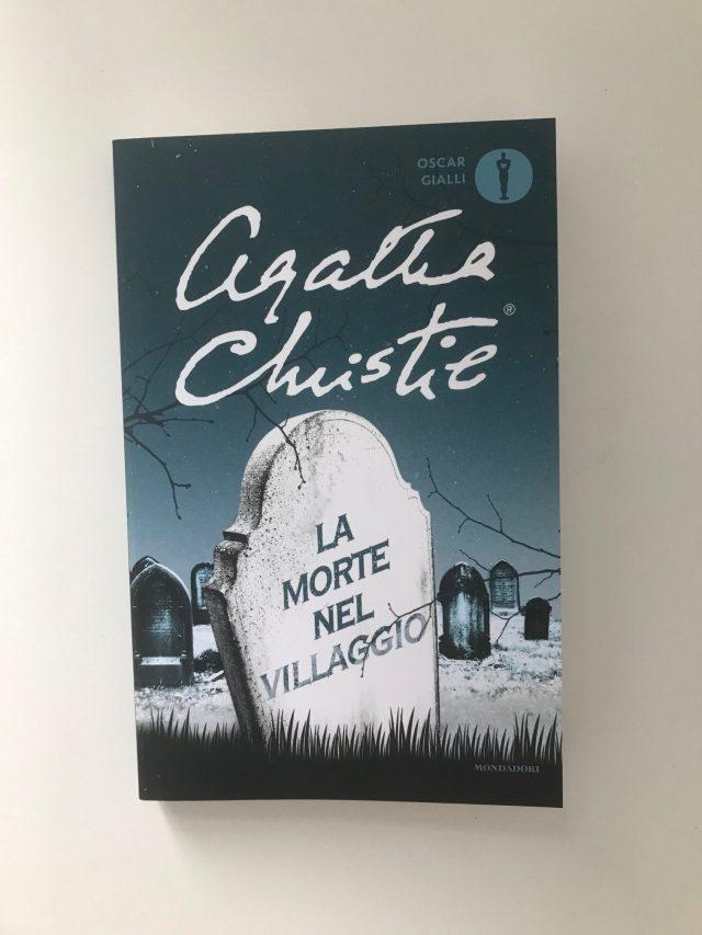Copertina di La morte nel villaggio